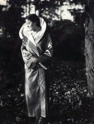 vintage photo of eva zeisel