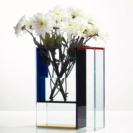 If it 39 s hip it 39 s here archives mondrian madness in for Mondrian vase