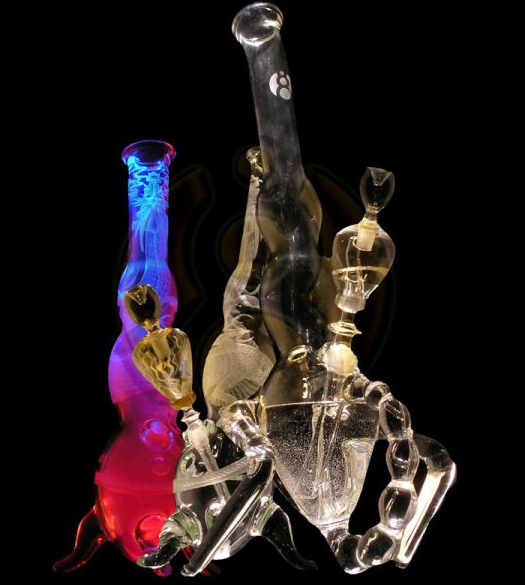 blown glass water pipes