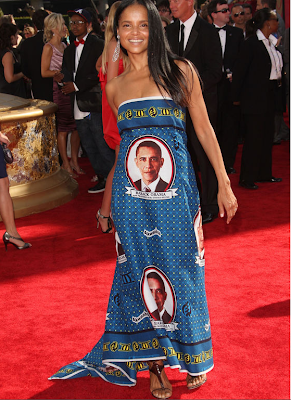 victoria howell in bad obama dress