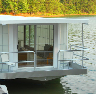 The Metroship A Modern Luxury Houseboat For 250k If