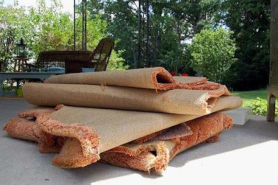Neverhomemaker Diy How To Rip Up Old Carpeting