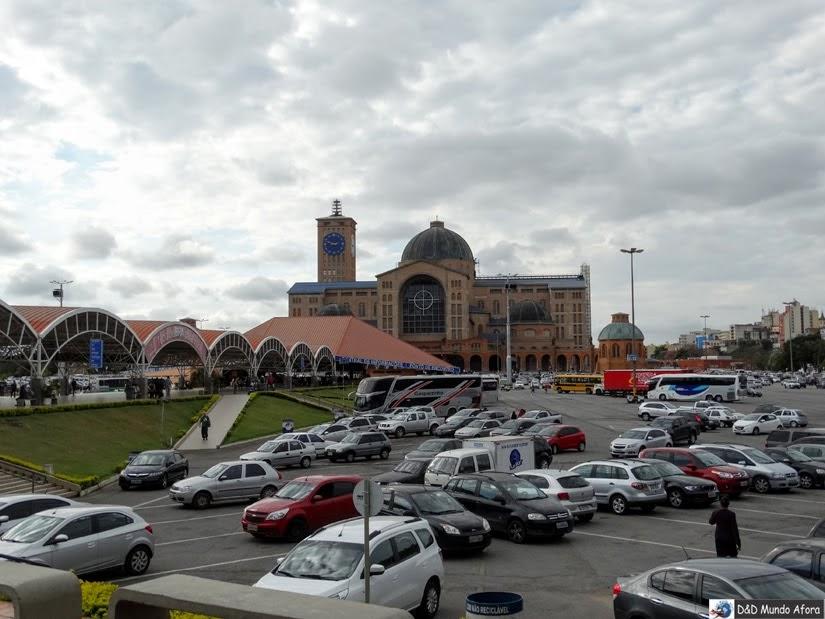 Estacionamento do Santuário Nacional de Aparecida comporta cerca de seis mil veículos