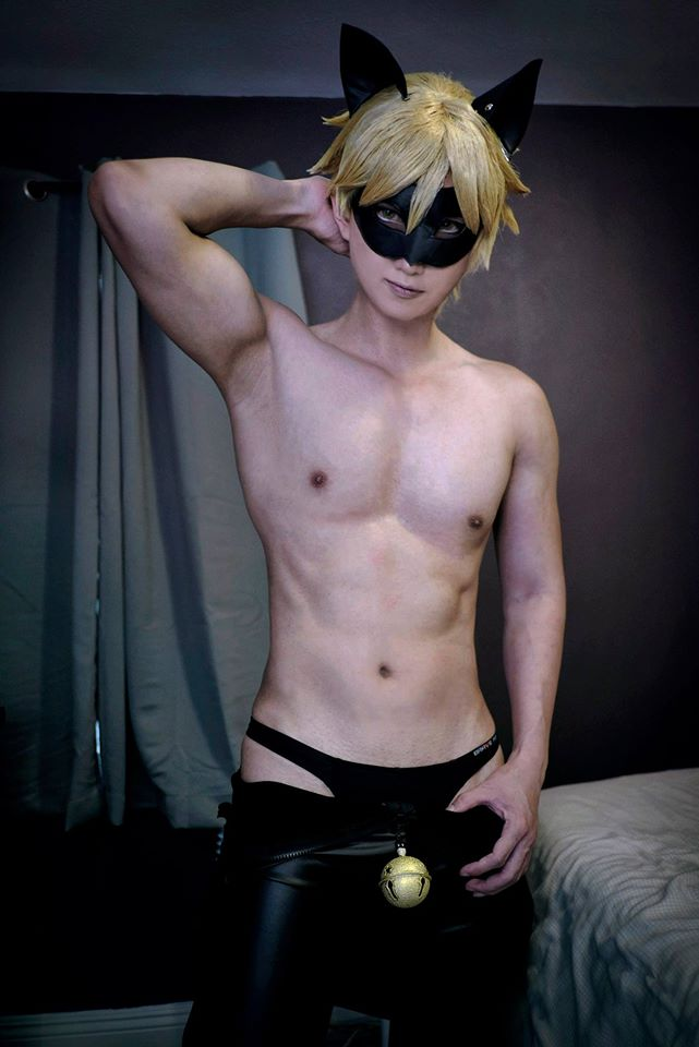 SEXY COSPLAY CHAT NOIR   WWW.DEPVAILON.COM   Page 1