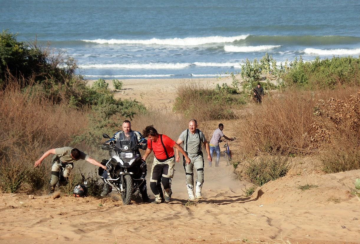 motocyklem do Afryki
