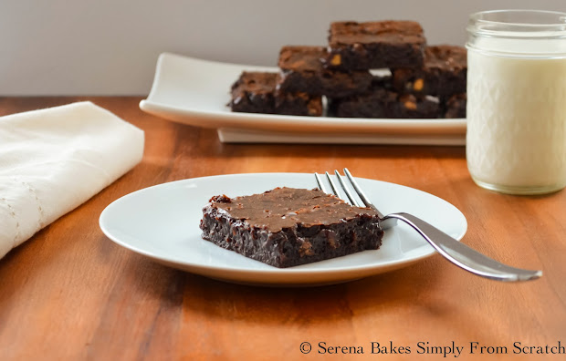 Hawaiian-Host-Dark-Chocolate-AlohaMac-Brownies-Serve-Milk.jpg
