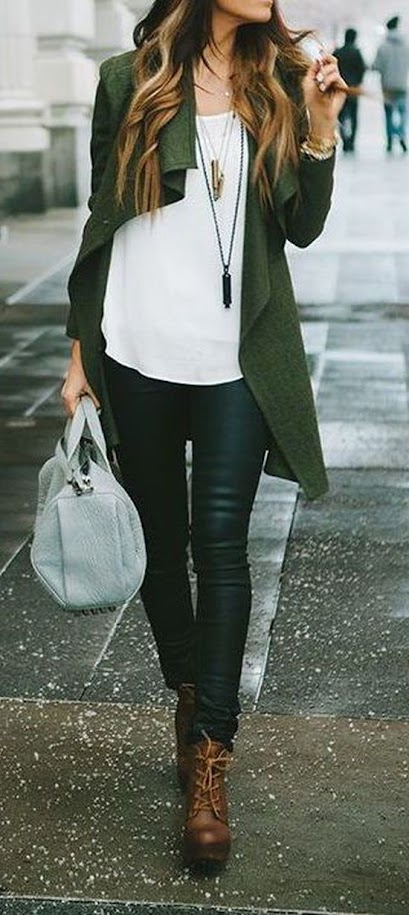 Casual outfit idea with dark green cardigan, ivory top and dark jeans for Warm Autumn women