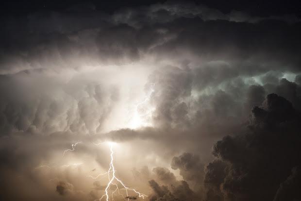 piorun, błyskawica, grom, niebo, budowa atomu wodoru, wodór, atom